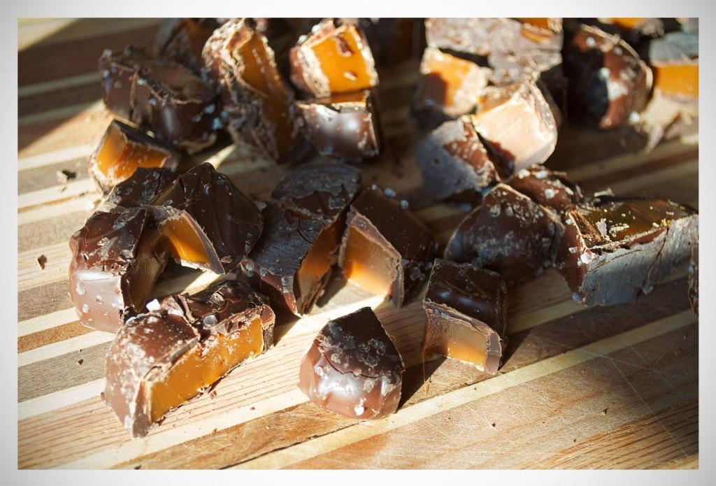 Salted Chocolate Caramels   OfBatterAndDough.com