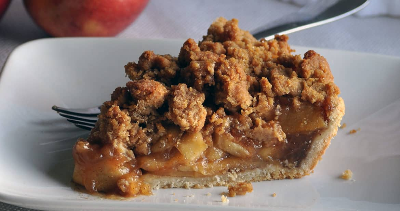 The BEST Apple Pie Recipe | ofbatteranddough.com