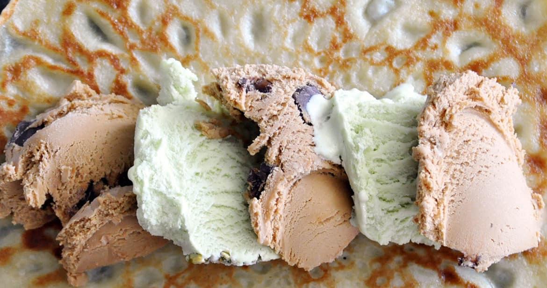 Ice Cream Sundae Crepes Recipe | ofbatteranddough.com