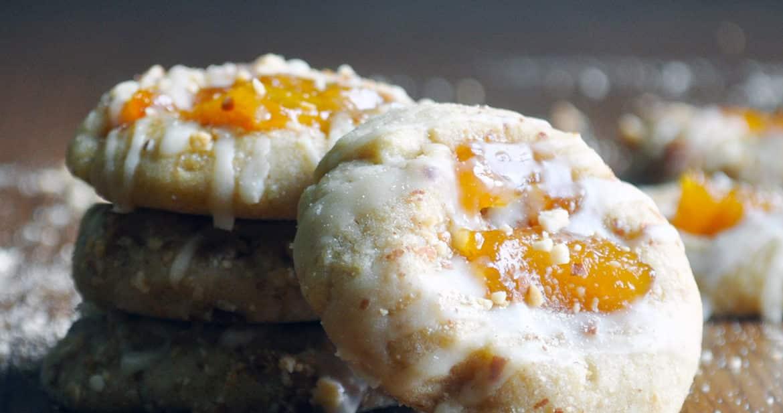 Peach Almond Shortbread Thumbprint Cookies | ofbatteranddough.com