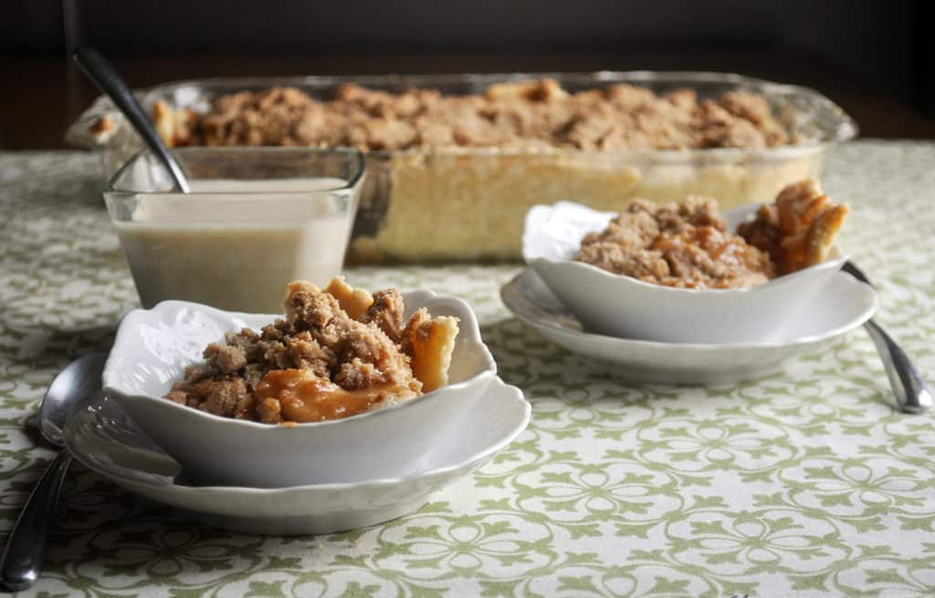 Apple Slab Pie. Gooey Caramel Apple Pie with Crumb Topping. | www.ofbatteranddough.com
