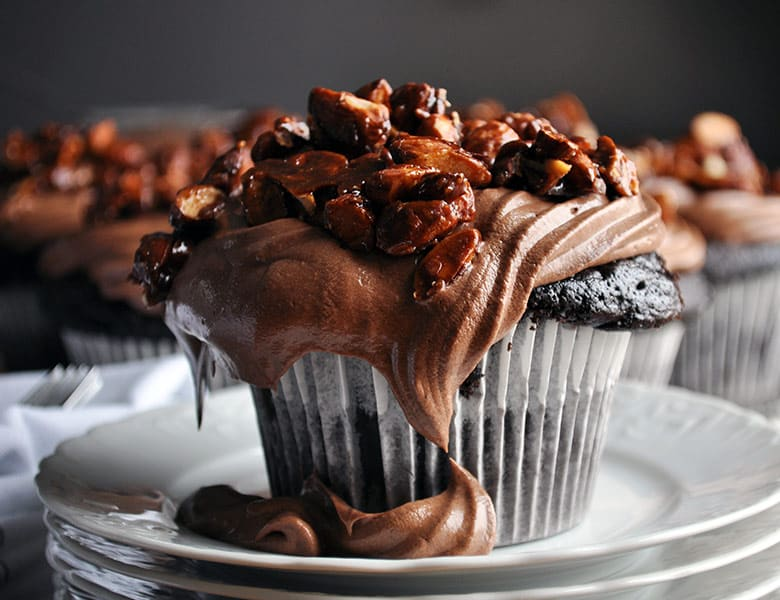 Best chocolate cupcake recipe | homemade chocolate cupcake recipe with amaretto pastry cream and almond pralines | ofbatteranddough.com