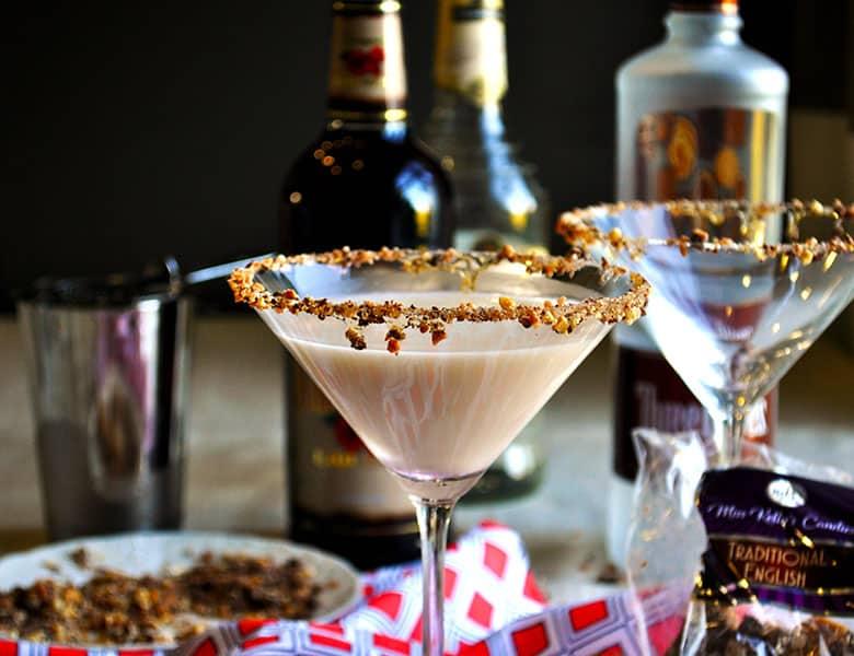 Chocolate martini | toffeetini | Martini Party | ofbatteranddough.com