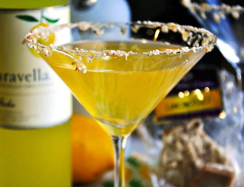 Lemon Drop Martini | toffeetini | Martini Party | ofbatteranddough.com