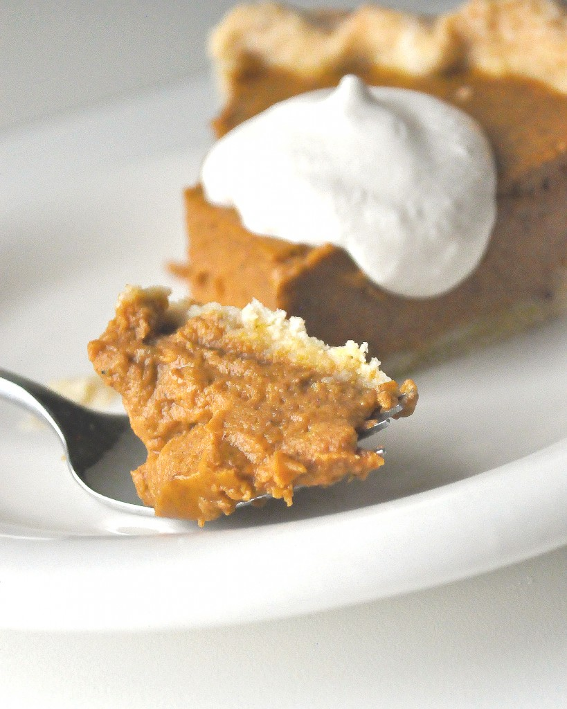 Thanksgiving Pies | Maple Pumpkin Pie