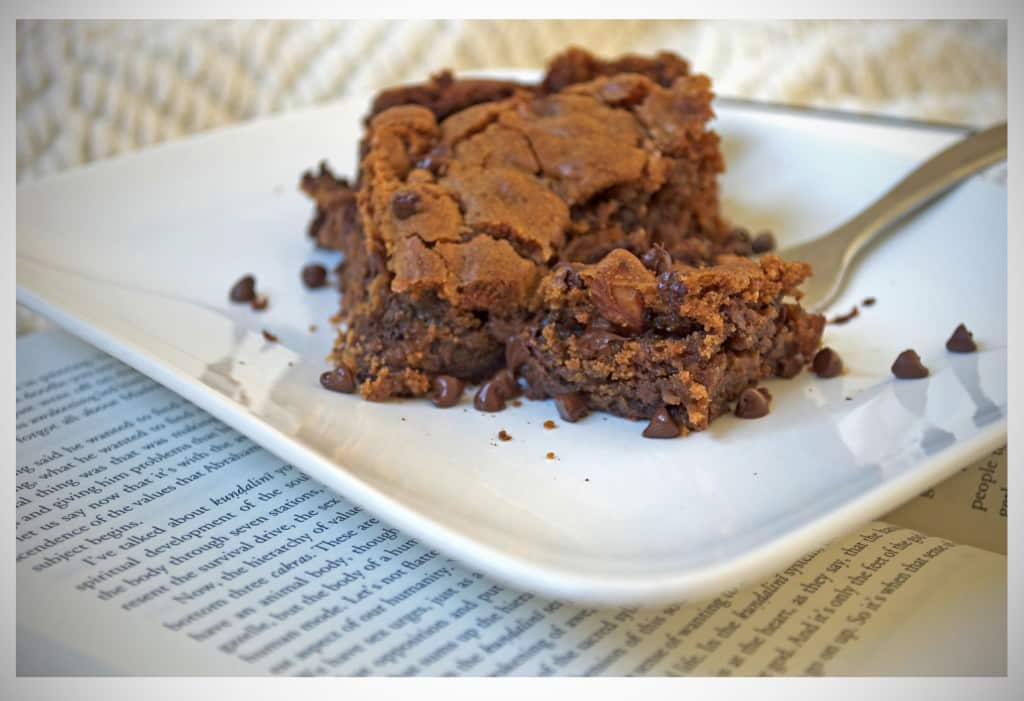 Chocolate Almond Brownie Cookie Bars | OfBatterAndDough.com