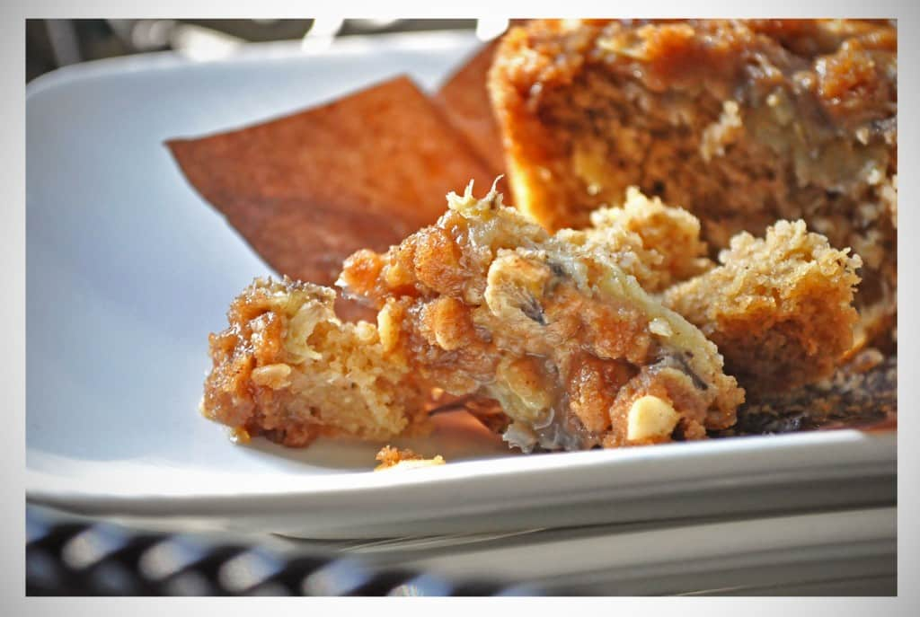Banana Oat Muffins With Brown Sugar Streusel | OfBatterAndDough.com