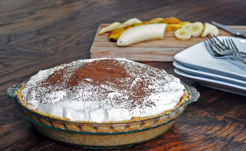 Easy Homemade Chocolate Banana Cream Pie Recipe
