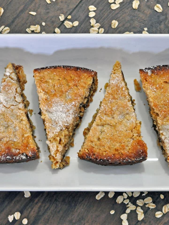 Oatmeal Peanut Butter Chocolate Scones | ofbatteranddough.com
