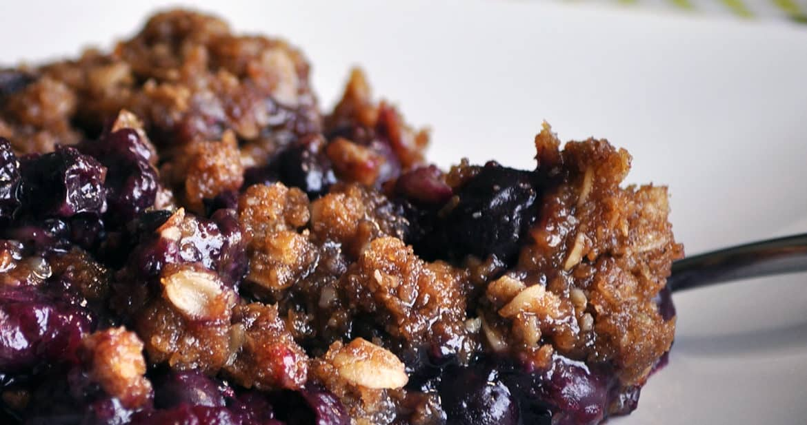 Blueberry crisp recipe | ofbatteranddough.com