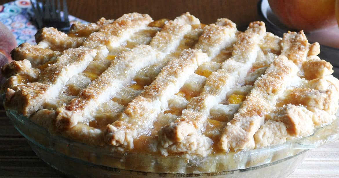 Fresh Peach Pie | ofbatteranddough.com