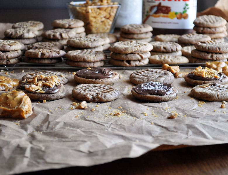 Peanut Butter Nutella Cookies | Peanut Butter Cookies with Nutella | ofbatteranddough.com