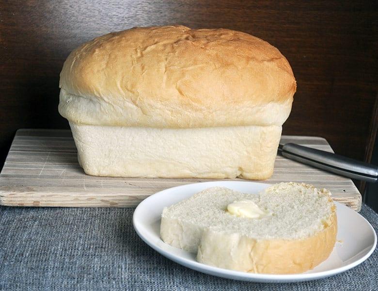 Homemade white bread recipe   ofbatteranddough.com
