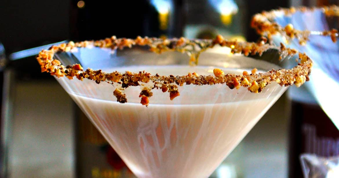 Chocolate martini | toffeetini | Martini Party | ofbatteranddough.com