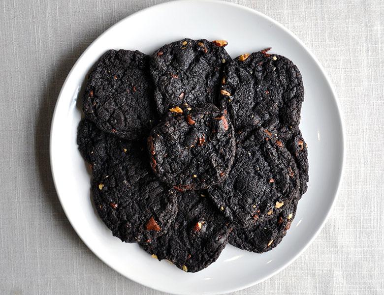 Chewy Chocolate Brownie Cookies Gluten Free   ofbatteranddough.com