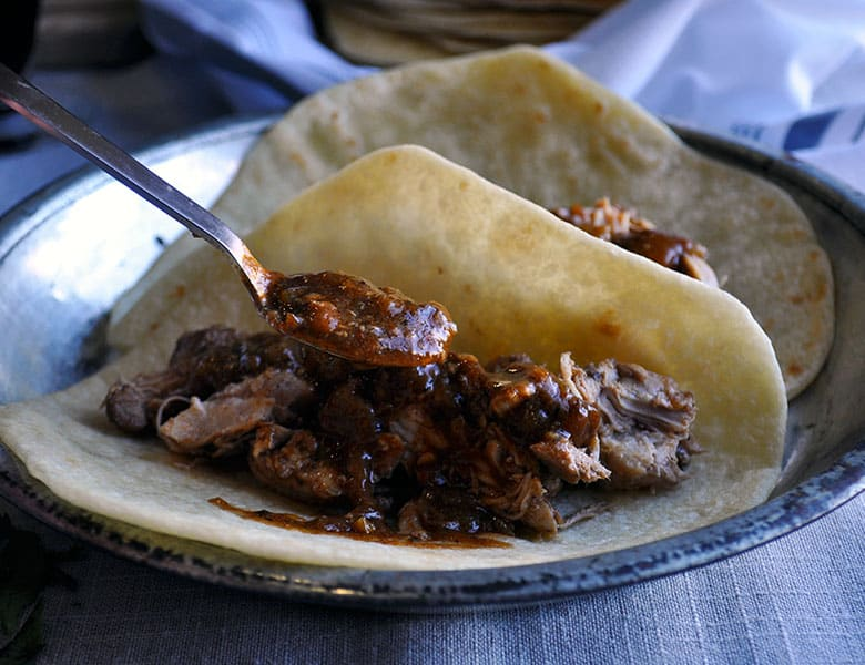 Crock pot chicken tacos | ofbatteranddough.com