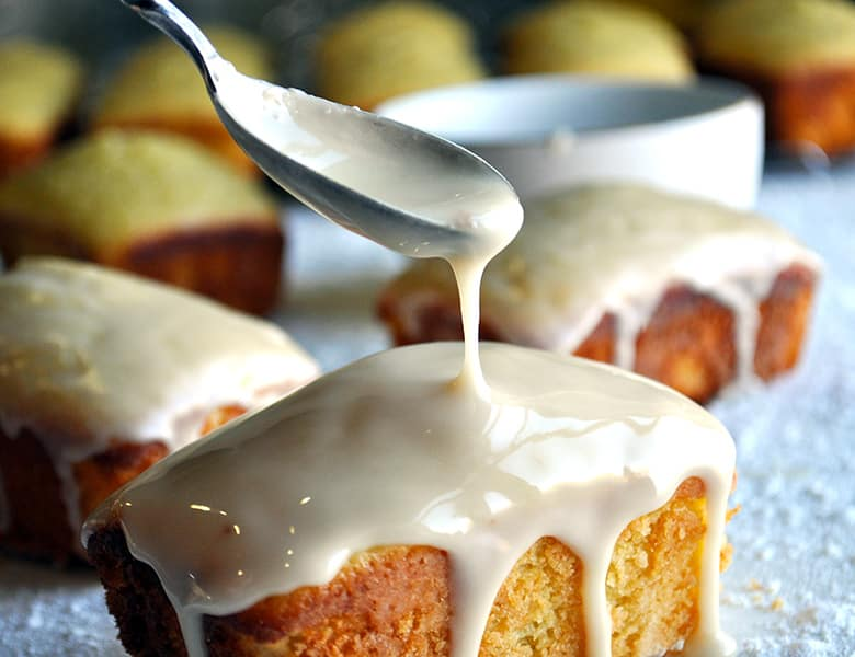 Mini Lemon Ricotta Loaves with Olive Oil | ofbatteranddough.com