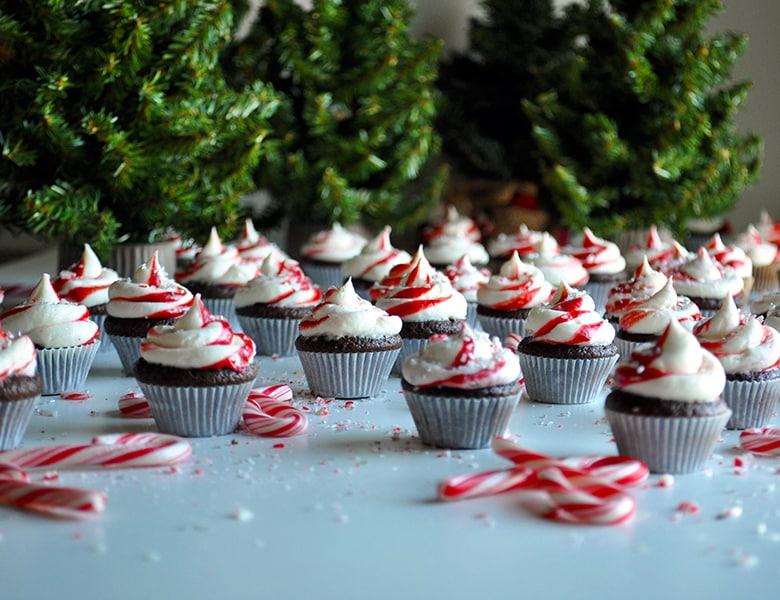 Chocolate Peppermint Mini Cupcakes | ofbatteranddough.com